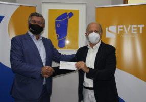 Carlos Prades, presidente de FVET, y Luis Miralles, presidente de Casa Caridad